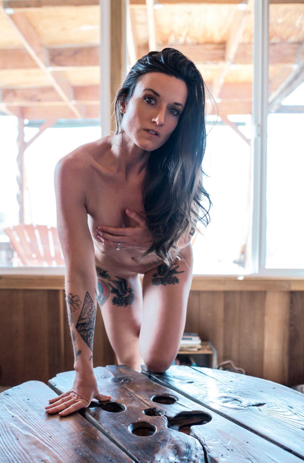 Kristi Cruz  nackt