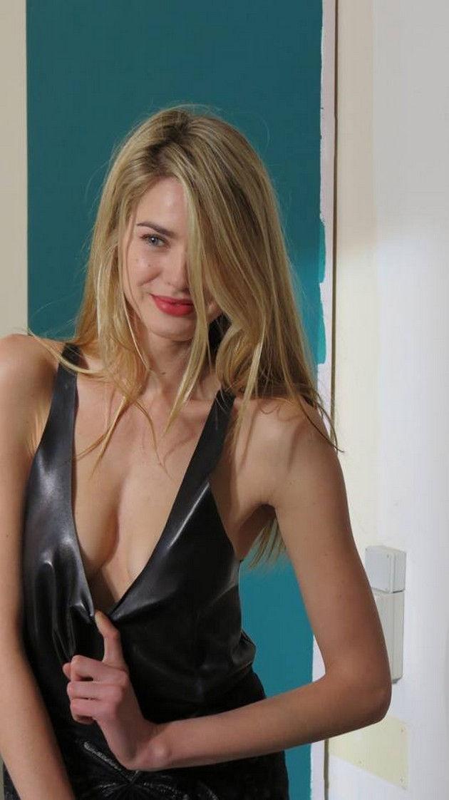 Vanessa hessler naked