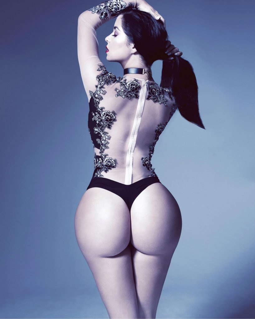 Nude rose mawby Demi Rose