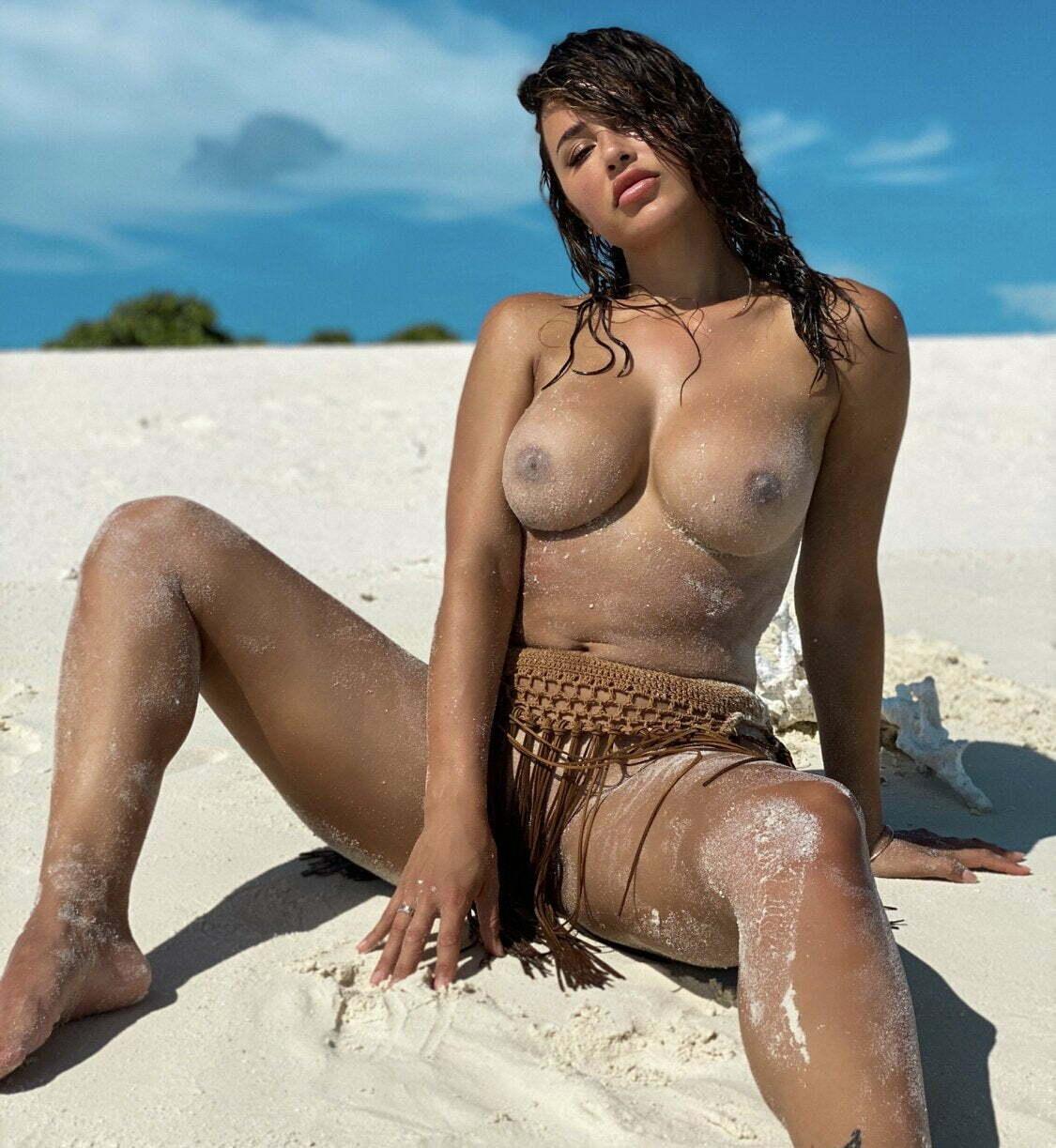 Nude anacheri Ana Cheri